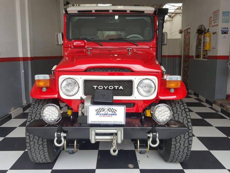 Toyota FJ 43